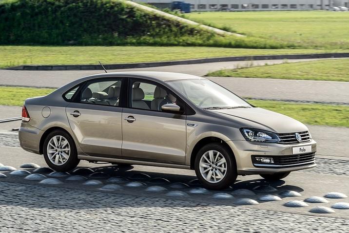 polo-sedan-vw-1